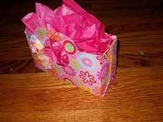 Pinkapotamus: Cereal Box gift bag.. cover in paper instead of fabric