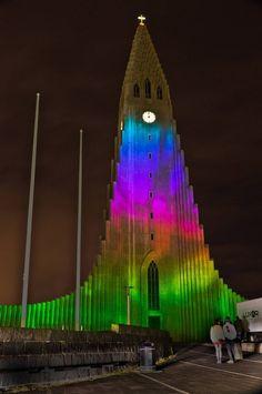 "New York based architect and artist Marcos Zotes transformed the largest church in Iceland, hallgrímskirkja church in Reykjavík, Iceland into a spectacular & interactive light installation called ""RAFMÖGNUÐ NÁTTÚRA""."