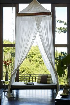 Thai style wooden daybed with curtains by the window. Perfect lounging spot at Anantara Golden Triangle Resort & Spa, Chiang Rai, Thailand. Spa Interior, Interior Design, Wooden Daybed, Thai Decor, Thai House, Spa Rooms, Luxury Spa, Thai Style, Resort Style