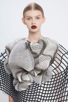 El proceso de elaboración de la colección 3D de Noa Raviv
