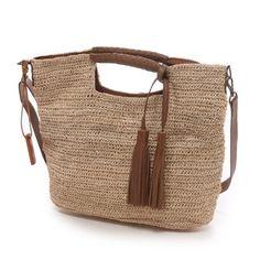 gönül le renkli çoraplar: pinterest örgü çanta modelleri Crochet Tote, Crochet Handbags, Filet Crochet, Yarn Bag, Handbag Patterns, Macrame Bag, Knitted Bags, Handmade Bags, Straw Bag
