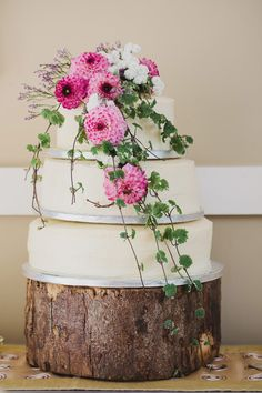 Wedding cake with pink florals | onefabday.com