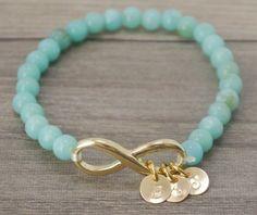 Beaded Jewelry, Jewelry Box, Jewelery, Handmade Jewelry, Jewelry Making, Hanging Jewelry, Bracelets Fins, Jewelry Bracelets, Bangles