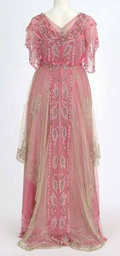 """Edwardian Fashion Pink net over pink satin dress beaded with glass beads. Made by dressmaker Helen Gjertson, Minneapolis, Minnesota. ca 1915 "" Jeanne Lanvin, Robes Vintage, Vintage Dresses, Vintage Outfits, Pink Satin Dress, Satin Dresses, Antique Clothing, Historical Clothing, Historical Society"