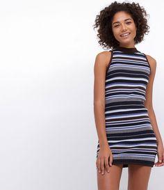 Vestido feminino  Golinha alta  Sem mangas  Listrado  Marca: Blue Steel  Tecido: Retilínea  Composição: 83% acrílico; 17% poliamida  Modelo veste tamanho: P       Medidas da modelo:     Altura: 1,77  Busto: 83  Cintura: 58  Quadril: 87     COLEÇÃO VERÃO 2017     Veja outras opções de    vestidos femininos.