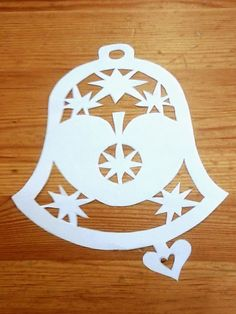 Paper Cutting Patterns, Paper Snowflakes, Xmas Decorations, Christmas Crafts, Christmas Ideas, Decorative Plates, Projects, Thanksgiving, Home Decor
