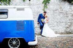 #blauw #volkswagenbusje #trouwvervoer