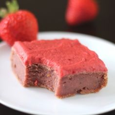 Low-fat Strawberry Blondies with Strawberry Frosting - sugar free and only 160 calories! #foodgawker