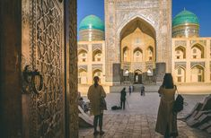 Silk Road Uzbekistan: Top 3 must-see: Khiva, Bukhara & Samarkand - UNESCO World Heritage sights with rich history and culture Monuments, Alexandre Le Grand, Constitution Day, Le Palais, Republic Day, Silk Road, Central Asia, Taj Mahal, Places To Visit