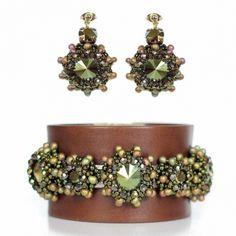 Juwelina - Designer Schmuck-Set mit Swarovski Kristallen in Grün Metallic