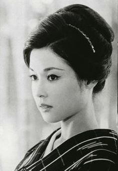 【若尾文子】さんを調べてまとめました!!【映画祭・選挙・ソフトバンク】   げいのうサーチ zzzno Japanese Icon, Japanese Film, Japanese Models, Japanese Beauty, Japanese Culture, Asian Beauty, Asian American, Vintage Beauty, Vintage Fashion