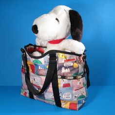 Get up close and personal with the new Peanuts X LeSportsac bags! Explore the variety of Snoopy and Woodstock designs and bag styles. Peanuts Characters, My Generation, Snoopy And Woodstock, Little Dogs, Charlie Brown, Simple Designs, Fashion Bags, Diaper Bag, Product Review