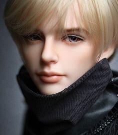 New YID Oscar. Boy dolls are always either too pretty or dressed terribly
