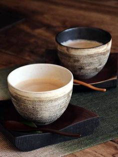 ♂ Japanese wood and ceramic tableware