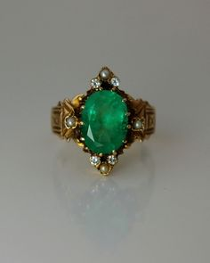 Antique Emerald, Pearl, Diamond And Gold Ring