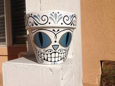 Hey, I found this really awesome Etsy listing at https://www.etsy.com/listing/174899353/cheshire-cat-sugar-skull-pot