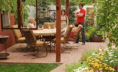 Party Outside | Fine Gardening #finegardening