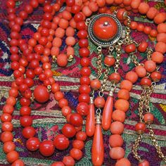Uchizono Gallery: Antique Coral Pineapple Beads and A Detailed Coral Demi-Parure