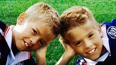 Sprouse Bros, Cole M Sprouse, Dylan Sprouse, Suit Life On Deck, Zack Y Cody, Dylan And Cole, Suite Life, Boy Face, Celebs