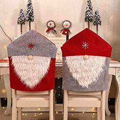 New US Christmas Santa Chair Cover Hat Xmas Party Dinner Seat Covers Home Decor Party Table Decorations, Christmas Table Decorations, Holiday Decor, Table Party, Holiday Ideas, Christmas Ideas, Christmas Tree And Santa, Family Christmas, Santa Claus Cap