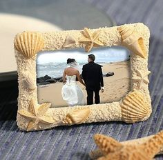Pretty as a picture, these Beach Theme Photo Frames make picture-perfect party favors. | Inexpensive Favors