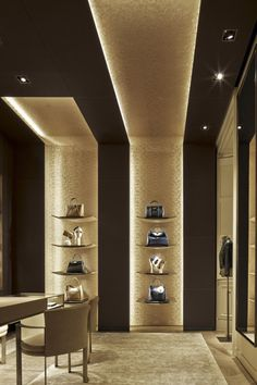 New jewerly store interior design inspiration Ideas Retail Interior Design, Retail Store Design, Interior Design Companies, Retail Stores, Fashion Store Design, Jewelry Store Design, False Ceiling Design, Office Ceiling Design, Design Commercial