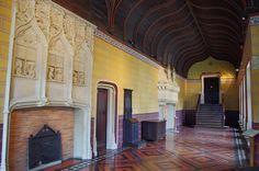 Bourges - Palais Jacques Coeur - Galerie haute sud | Flickr: partage de photos! Monuments, Bourges, Villa, France, Explore, Cher, Photography, Castles, Centre