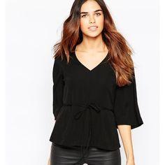 Kimono sleeve black peplum top shirt blouse XL Really great v neck flowy classic black top with tie waist - size XL Tops