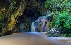 Nydri waterfall! Realy a Waterfall in Lefkada? Some people may not believe it but it is just one of those little facts that add up to the beauties of this..