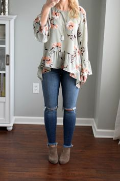Stitch Fix Review January 2018: Pistola Leann Distressed Step Fray Hem Skinny Jean |www.pearlsandsportsbras.com|