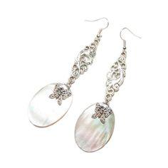 Boucles d'oreille elfiques nacre blanche, argent 925 et papillon