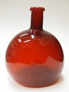 Nuutajarvi Arabia Finland Kaj Franck Unique Bottle 1960s 70s RARE | eBay Glass Design, Design Art, Cranberry Glass, Art Of Glass, Simply Red, Ceramic Pots, Scandinavian Art, Glass Vessel, Glass Collection