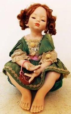 boneca de porcelana alemã, numerada e assinada