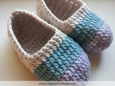 Women's Crochet Ballet Slippers: Free Pattern // This is a very easy pattern.