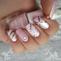 Image uploaded by ria. Find images and videos about nails, nail art and nail polish on We Heart It - the app to get lost in what you love. Fancy Nails, Love Nails, Pink Nails, Gel Nails, Nail Polish, Silver Nails, Gold Polish, Nail Nail, White Nails
