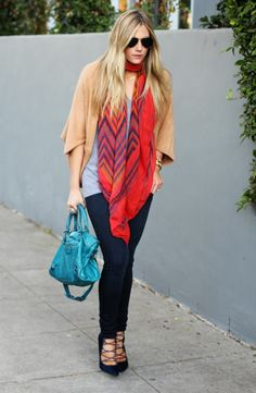FALL CASUAL OCTOBER 7, 2013     Sometimes I dress down. And wear non-boyfriend jeans!                           Jeans: Joe's // Tee: Urban O...