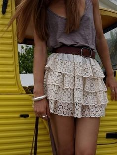 Love this outfit!! And I want long hair again.