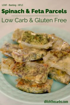 Amazing recipe for low carb spinach and feta parcels. Fabulous for dinner and great to take to work or school for a lunch or picnic. Yummy hot or cold, these are sure to please. #lowcarb #glutenfree | ditchthecarbs.com