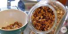 Home made Muesli by Student Food Muesli, Desserts Sains, Dog Food Recipes, Cooker, Homemade, Breakfast, Butterflies, Cooking Food, Lunch Recipes