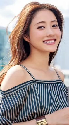 Japanese Beauty, Asian Beauty, Facial Expressions, Pretty Girls, Asian Girl, Bicycle, Korean, Kpop, Actresses