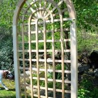 Wooden Driveway Gates custom made out of Western Red Cedar | New England Woodworks