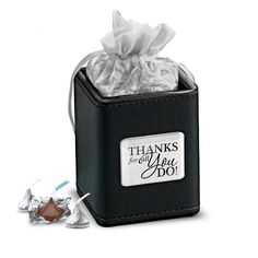 Cute Teacher Appreciation Gift Idea Pen Cup with Hershey Kisses® Employee Appreciation Gifts, Employee Gifts, Admin Professionals Day, Employee Thank You, Hershey Kisses, Candy Gifts, Corporate Gifts, Thank You Gifts, Small Gifts