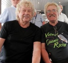 John Lodge and Ray Thomas Justin Hayward, Nights In White Satin, Old Music, Moody Blues, Blue Band, Pink Floyd, Long Distance, Lodges, Cosmic