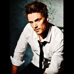 "bkommerell Instagram Kudos to Riley Smith (""TRUE BLOOD"")! He will be a new cast member on ABC's hit drama series ""NASHVILLE""! #RileySmith, #Nashville, #Rockstar, #RockgoesCountry, #moviestar, #abc, @1riles1"
