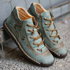 High-quality Menico Menico Men Hand Stitching Vintage Microfiber Leather Lace Up Comfy Soft Ankle Boots - NewChic Mobile Buy Shoes, Men's Shoes, Dress Shoes, Mens Boots Online, Cuir Vintage, Vintage Leather, Fashion Shoes, Mens Fashion, Male Hands