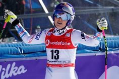 Lindsey Vonn Knee Braces Airbag and All Makes Her World Cup Return The injury-racked Vonn began what is to be her final season with a finish in the downhill in Italy. The braces were hard to get used to but its better than not racing. World Cup Skiing, Lindsey Vonn, 2018 Winter Olympics, Usa Sports, Knee Brace, Her World, Braces, Ms, Racing