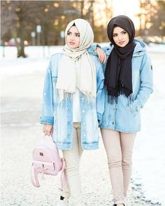 oversized jacket-Hijabi photo session with your best friend – Just Trendy Girls Modern Hijab Fashion, Muslim Fashion, Fashion Wear, Modest Fashion, Fashion Outfits, Hijab Style Tutorial, Casual Outfits, Cute Outfits, Casual Clothes