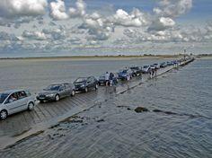Passage du Gois entre l'Ile de Noirmoutier et le continent