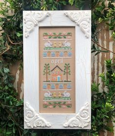 "884 mentions J'aime, 28 commentaires - Nikki Leeman (@countrycottageneedleworks) sur Instagram : ""Here's the first look at April Sampler, the next in our Sampler of the Month series! Charts are…"" Country Cottage Needleworks, Silver Creek, The Next, March, Holiday Decor, Frame, Charts, Instagram, Patterns"