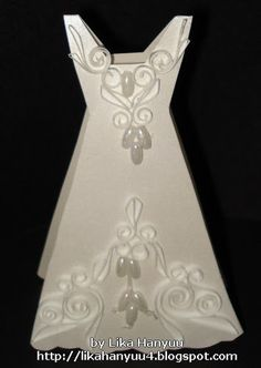 (^-^) Molde de vestido acinturado longo de festa, serve também para fazer cartões de lembrancinha em papel vegetal.  Idéia para fazer cartão...